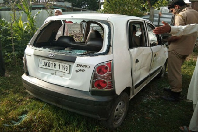 Srinagar youth dies in Pampore road mishap