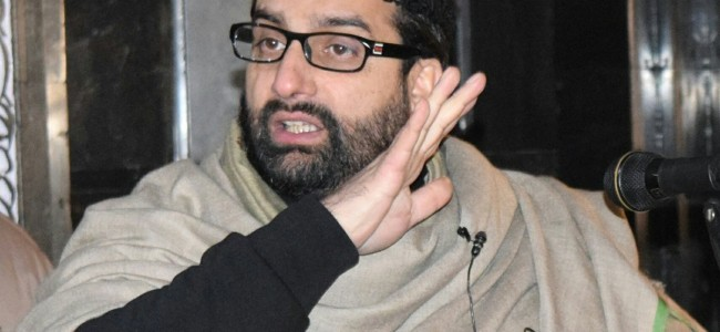 Listen to our 'Man ki baat', Mirwaiz to Modi