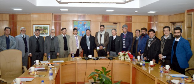KCCI delegation Calls on J&K Bank Chairman & CEO