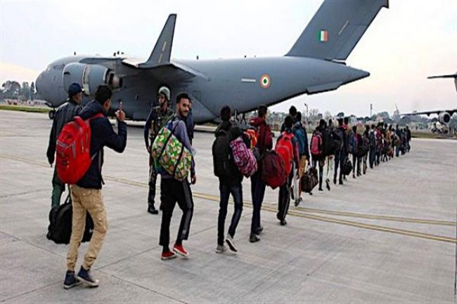 707 stranded passengers airlifted to Srinagar from Jammu