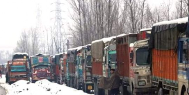 Jammu-Srinagar highway being restored for traffic*