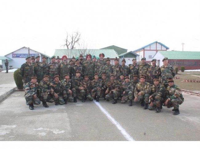Army commander review security situation in Valley