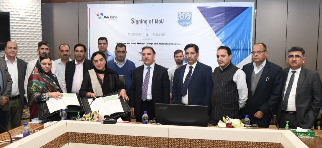 JK Bank signs MoU with GMC Srinagar for upgradation of Banking infrastructure; Dedicates Ambulance under CSR