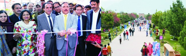 Fifty thousand people visit the Spring Festivalorganized by JK Bank in Badamwari Park Srinagar  Bank committed to Financial, cultural & emotional well being of people of the state- Parvez Ahmed