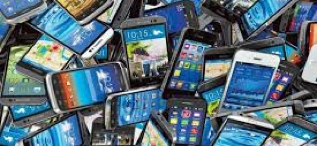 Post-paid mobile phones likely to resume in Kashmir from Saturday