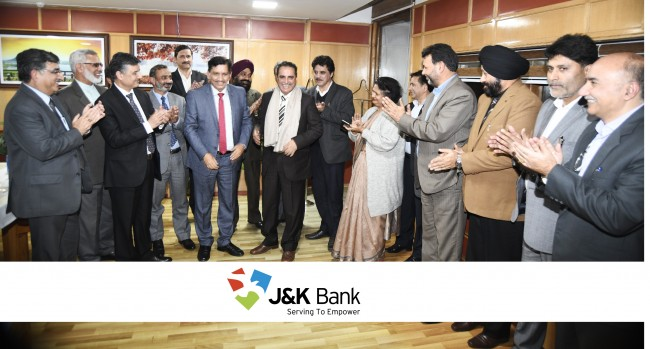 J&K Bank gives warm send-off to its retiring President